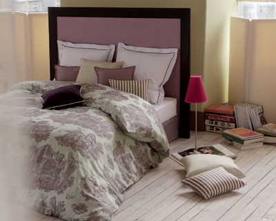 7 ambiances sign es toiles de mayenne une chambre en. Black Bedroom Furniture Sets. Home Design Ideas