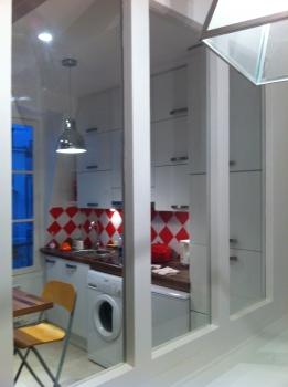 la verri re entre cloison et fen tre. Black Bedroom Furniture Sets. Home Design Ideas