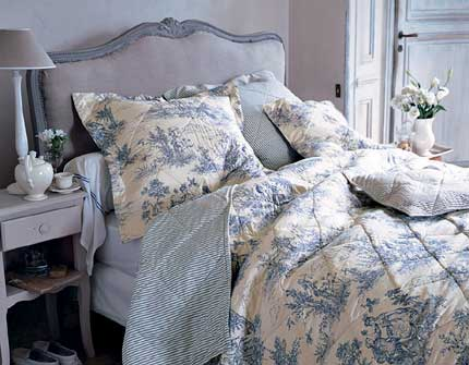 toile de jouy le salon de th le blog d 39 un lys dans l. Black Bedroom Furniture Sets. Home Design Ideas