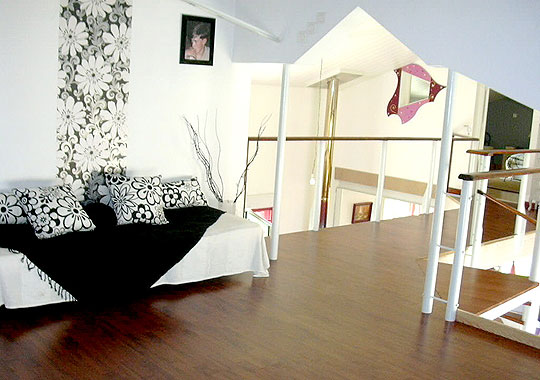 comment decorer sa mezzanine. Black Bedroom Furniture Sets. Home Design Ideas